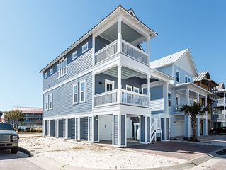 'By The Sea, 1507' (Sea View Play). 3 Bedroom, 3 Bath Private Home! Views of the