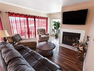 Home Away From Home,  3 Bedroom 2 Bath Condo. Located On Main Strip