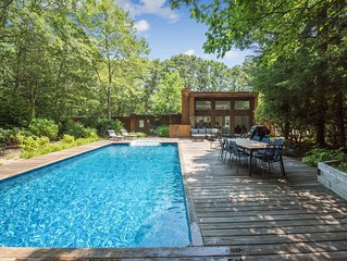 NEW LISTING  - SPACIOUS OPEN FLOOR PLAN - BIG DECK AND POOL