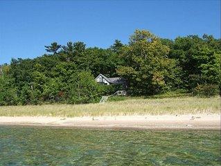 Beachfront Cottage on 190 ' of Lake Michigan in Good Hart