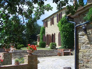 Two houses with pool and easy day trips to Florence, Elba and Siena