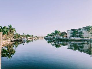 Cape Coral Waterfront Condo with Lanai & Pool Access