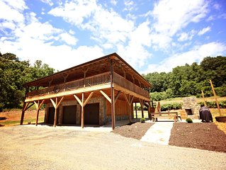 A perfect home base for mountain adventures! Near Mount Mitchell. Includes Biltm