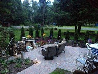 Charming Adirondack Chalet Sleeps 6! Close to Lake Luzerne/Lake George
