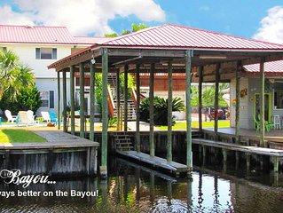 *Waterfront~Sleeps 14~Private Pool~2 Boat Slips~Elevator~Kayaks~Great Location*