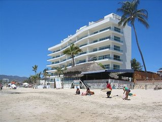 Beachfront Luxury Condo in Bucerias