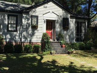 Charming Bungalow Close to it All. Located in the Heart of Columbia