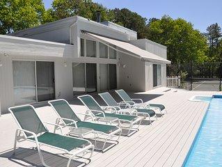 7 Bedroom Quogue / Hamptons House
