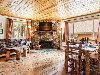 Eagle Cabin- Single Story, Log Furniture, Forest/Stream View, Backs Nat'l Forest