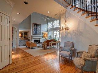 Beautiful Milton Home close to Downtown Alpharetta & Avalon