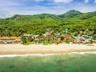 Beachfront Villa, Private Pool 2BR: Lanta Villa