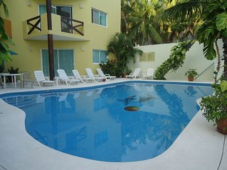 Beautiful Condo one block from beach at Huatulco