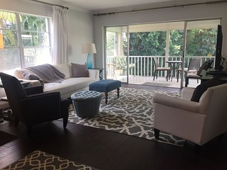 New Luxury Naples Parkshore Central Condominium,, private Beach Club Access