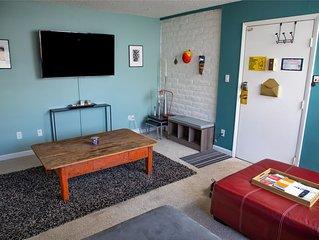 Fun & Stylish Denver Condo w/Courtyard View