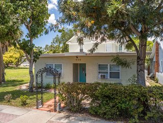 Close to Beaches,  Sponge Docks, Tampa airport and Downtown Tarpon Springs