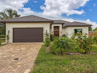 Brand new house with pool !! Walk to the beach!