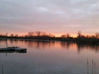 5 Star Waterfront Home with sunrises and an updated 3 bdrm, 2 bath 2 gas firplcs