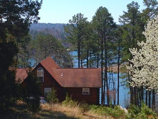 Lakefront Cabin in Quiet Cove on Greers Ferry Lake