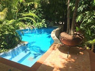 Villa La Chaya, Stunning 3BR Beach home w/Pool