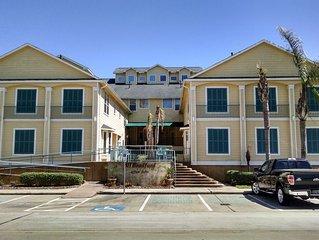 Luxury Vacation Rental Condo in Kemah, ~TX~