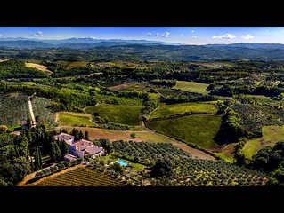 FABULOUS 8BA-8BD VILLA W/ BEAUTIFUL VIEWS & HEATED POOL IN CHIANTI NEAR FLORENCE