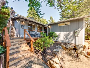GRAY WHALE~MCA# 935~Charming home great for a small family and pet friendly!
