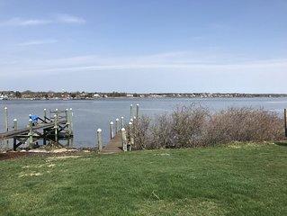 Beautiful waterfront cottage