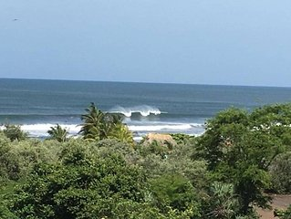 Nicaragua Jungel/Beach House overlooking great surf 4 min. walk down hill