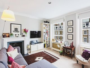 Immaculate 2 bedroom 2 bath apartment in Onslow Gardens South Kensington London.