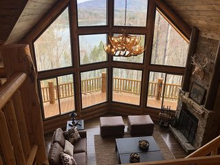'The Reel View' Lake Front Custom Log Cabin w/ Double Decker Dock and Mtn. Views