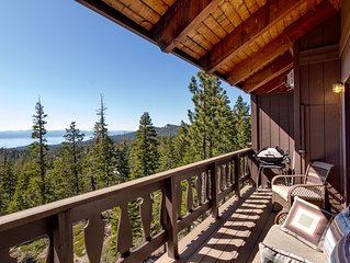 Beautifully Furnished Mountain Condo with Lake Views, Close to Skiing (UK42)