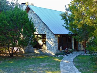 Picture Perfect Jewel of a Cabin, End of Lane, Charming, Wonderful Seclusion!