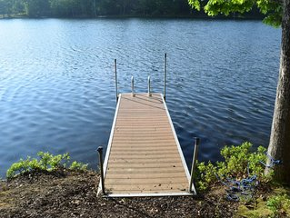 Fresh bright Lakefront Cottage, beach, pool, dock, playgroud, play courts