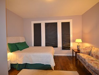 SUBICCA NEWARK - APT#3 - 2 BEDROOM PRIVATE APT NEWARK NJ NYC 35 min