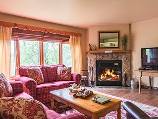 Cozy Condo with Fantastic Ski Access