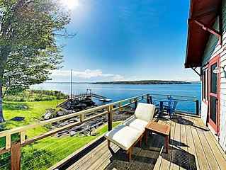 New Listing! Charming Cottage w/ Deepwater Dock & Panoramic Linekin Bay Views