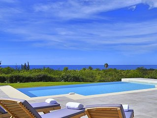 Ocean view villa, Close to Plum Beach, Cosy, perfect for large group