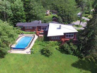 Spacious Mt Mansfield View Home with Gym & Hot Tub - Perfect for Family Holidays