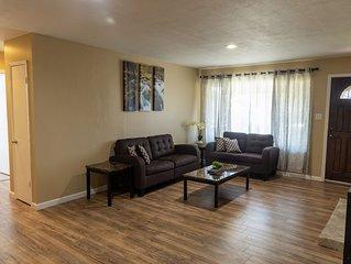 Bright 3-Bedroom in Hayward, very close to BART