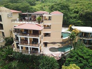 RITA Ocean and Mountain views, Clean interior, saltwater pools, Private