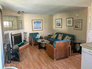 Cabana Club 105 - 2 Bedroom Condo
