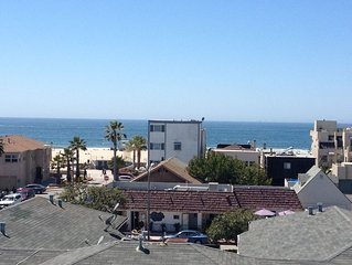 Panoramic Oceanview Detached Townhome - 2 Blocks from the Beach - Perfect Escape