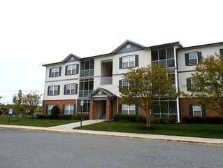 1st floor Condo in the popular Villages at Five Points!