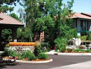 2 bed condo Thunderbird Resort Club - Sparks