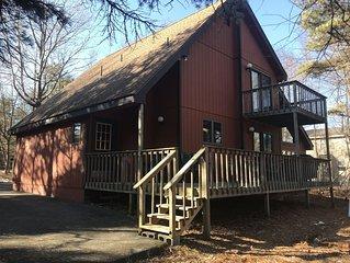 Beautiful 4 Season home near Lake Harmony - Perfect for Families!