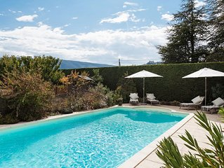 Pretty 2 bedroom gite with stunning views
