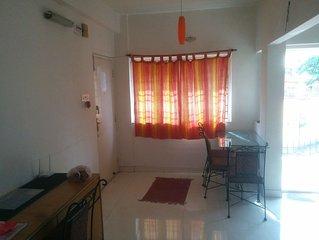 Full 1 BHK Apartment Near Deshapriya Park - Free Wifi
