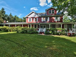 Willow Pond Resort 14 Bedroom Property Rental. Family Friendly, Reunions.