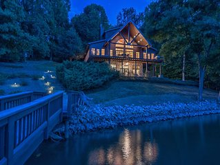 Your Lake Norman Cabin Lakefront Rental: Private Home | Lake Access | Sleeps 16