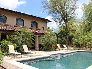 Luxurious And Spacious Villa – Estrella Del Mar